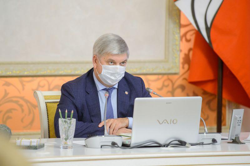 Главный фактор распространения коронавируса отметил губернатор Воронежской области
