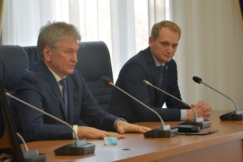Архангельские депутаты обратились к воронежским коллегам за опытом в сфере ЖКХ